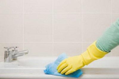 نحوه تمیز کردن وان حمام