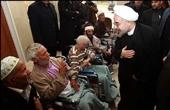 روحانی میهمان سرزده سالمندان شد