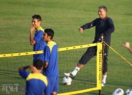 کارلوس کروش تمرینات تیم ملی را تعطیل کرد