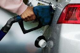 مصرف ۵۳ میلیون لیتر بنزین در اولین روز گرانی