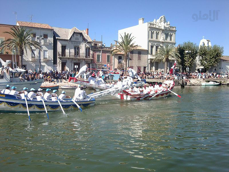 boat-jousting