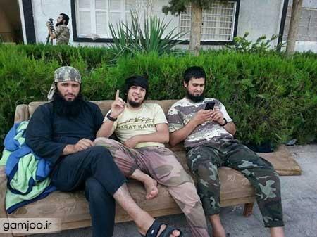 9306 7m3318 2014 09 15 عکسهایی از موبایل اعضای داعش