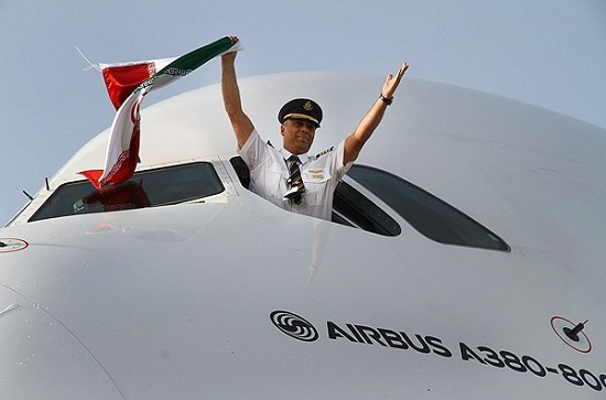 کدام خلبان ایرانی «ایرباس 380» را به تهران آورد +عکس