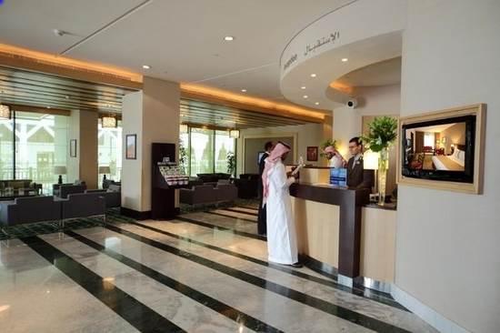 15 2 تصاویری از مدل چیدمان لابی هتل