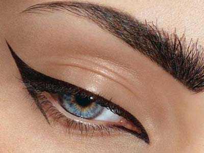 خط چشم یا سرمه در آرایش چشم؟