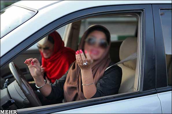برخورد با رانندگان دختر بدحجاب در تهران