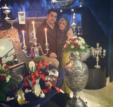 نیوشا ضیغمی در آغوش همسرش آرش در کنار هفت سین نقره +تصویر