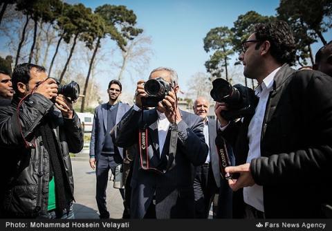 حاشیه جلسهدولت ازعکاسی جهانگیری تاعیدی مردم