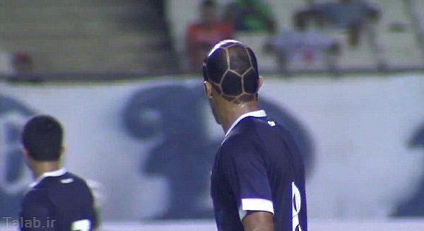 عکس های یک فوتبالیست با مدل موی عجیب