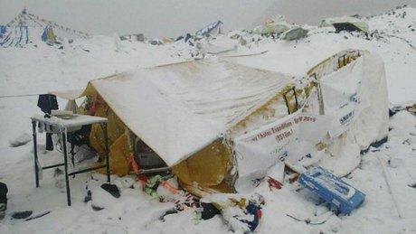 کشته شدن حداقل 17 کوهنورد در زلزله نپال
