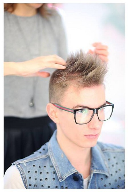 Stylish-and-Popular-Men-Hairstyles-2013-14-FashionRely-12