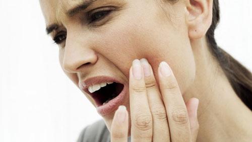 7 راهکار برای تسکین دندان درد