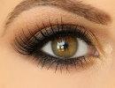 آموزش تصویری آرایش چشم با سایه قهوهای