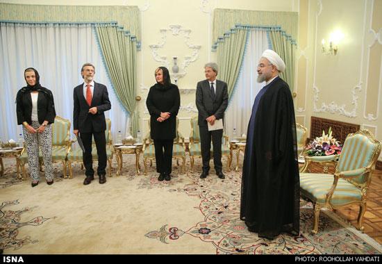 پوشش دیپلمات زن ایتالیایی در ایران +عکس