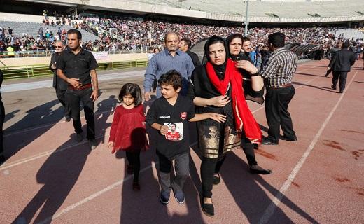 گزارش لحظه ای از مراسم تشییع جنازه هادی نوروزی در آزادی + عکس و فیلم