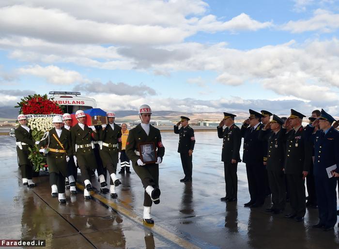 ورود جسد خلبان جنگنده به روسیه /تصاویر