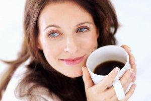 دوست ندارید بمیرید؟ پس قهوه زیاد بخورید!