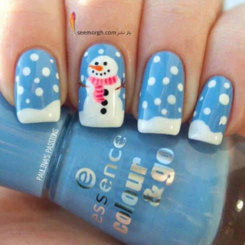 طراحی ناخن برای کریسمس با رنگ آبی روشن