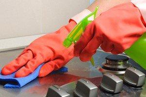 بهترین ماده طبیعی برای برق انداختن و تمیز کردن صفحه اجاق گاز
