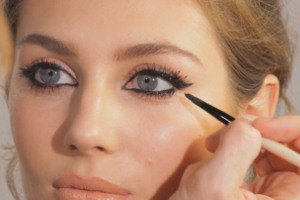 ترفندهای کشیدن خط چشم برای یک آرایش چشم زیبا
