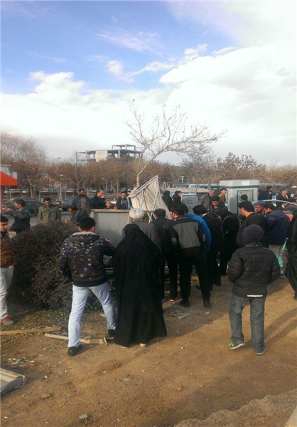 سقوط اتوبوس ازروی پل در تهران +تصاویر