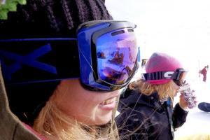 عکس هایی از بد حجابی زنان در پیست اسکی تهران