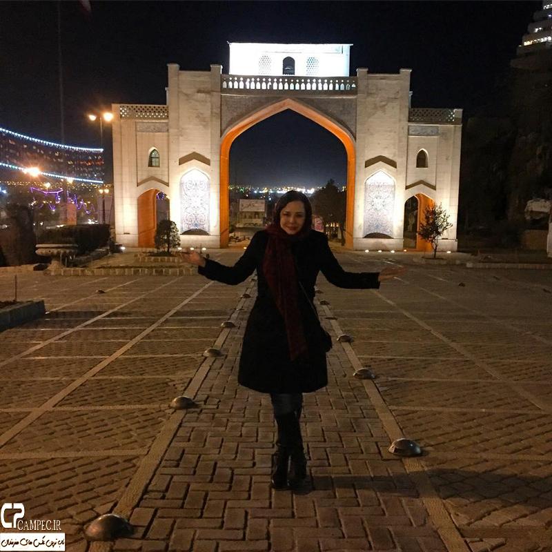 مهراوه شریفی نیا در دروازه قرآن شیراز