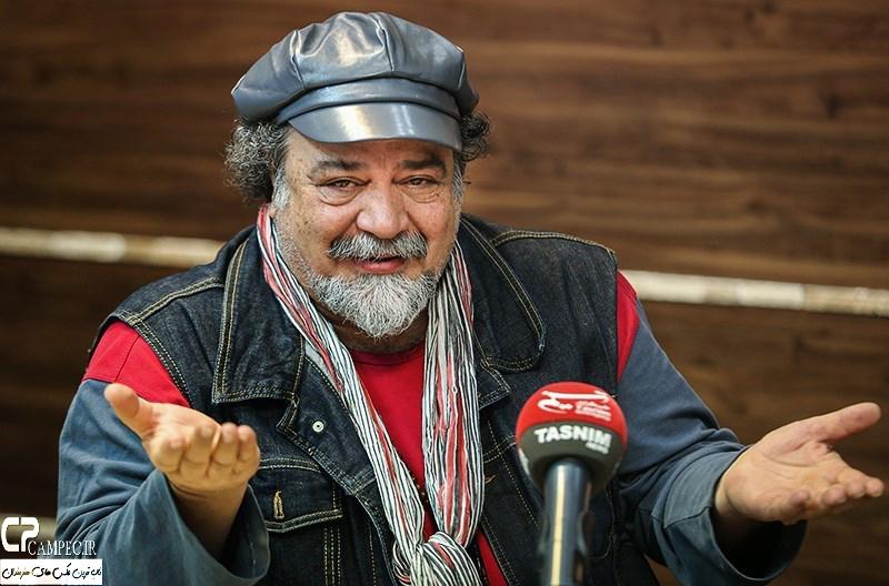 محمد رضا شریفی نیا در مراسم تقدیر از سریال کیمیا