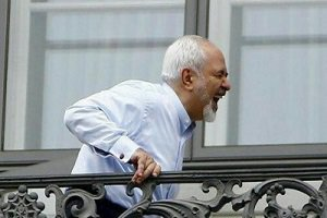 عکس جالب دکتر ظریف روی بیلبورد خیابانهای آمریکا
