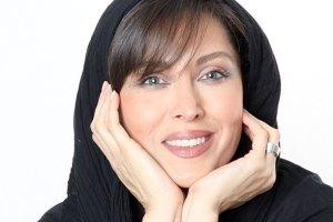 جشنواره فجر ۳۴ : مهتاب کرامتی از طراحی لباس برای جشنواره می گوید!!