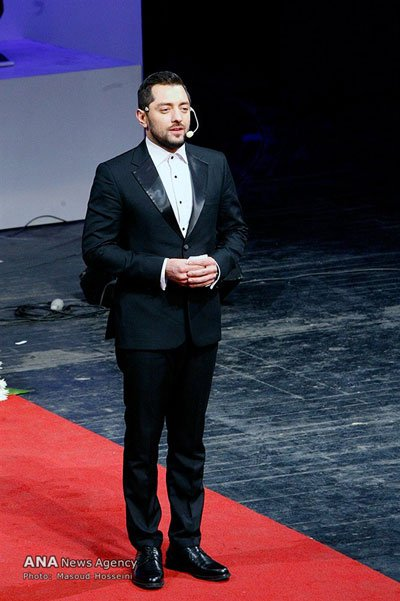 مدل لباس بهرام رادان در سی و چهارمین جشنواره فیلم فجر
