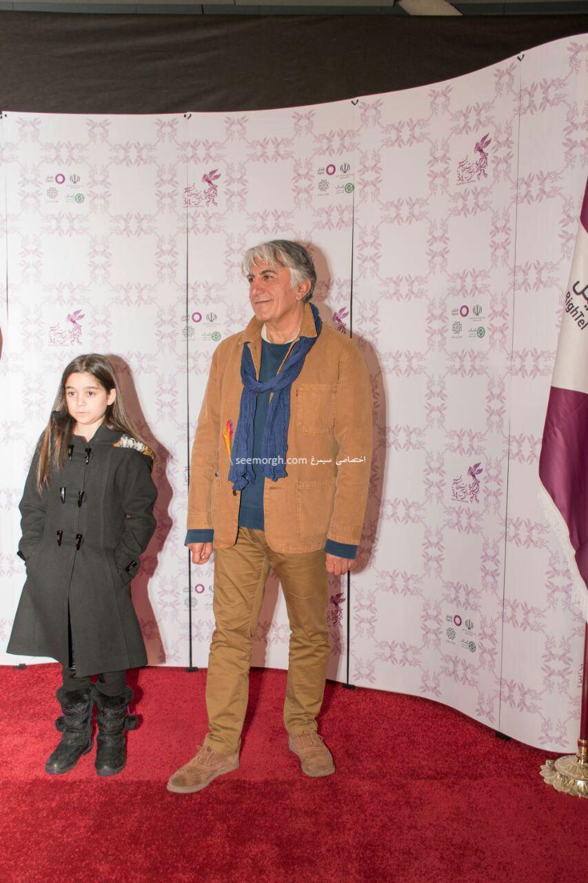 مدل لباس رضا کیانیان در پنجمین روز سی و چهارمین جشنواره فیلم فجر - پردیس ملت