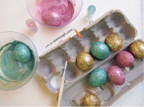 تزیین تخم مرغ هفت سین با اکلیل های رنگی