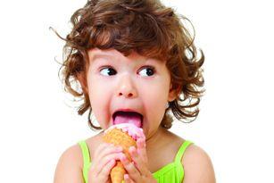 کودکان از چه سنی می توانند بستنی بخورند؟