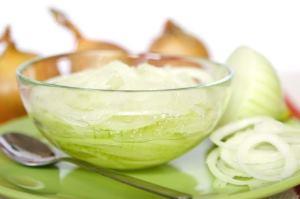 شفاف کردن پوست با عسل و توتفرنگی یا آبلیمو و پیاز