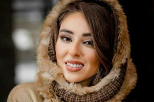یک بازیگر زن دیگر هم کشف حجاب کرد!