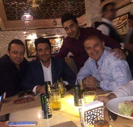 محمدرضا گلزار در افتتاحیه رستورانش