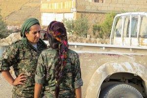 زنی که فرمانده جنگ با داعش است+ عکس