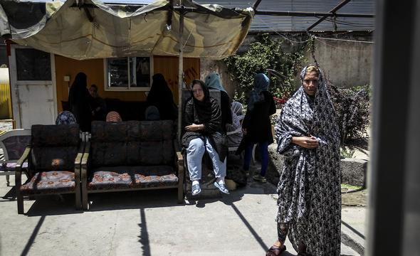 تصاویر : کمپ ترک اعتیاد بانوان