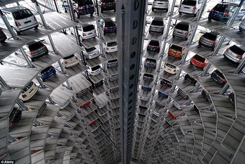 راه اندازی پارکینگ چرخ و فلکی در تهران