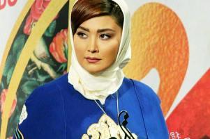 بازیگر زن 30 ساله کشورمان در کنار ماشین گرانقیمتش! عکس