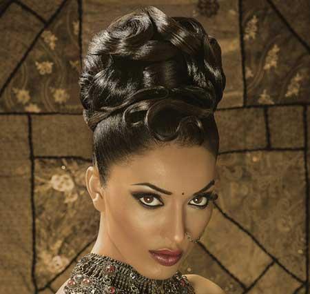 زیباترین مدلهای آرایش هندی