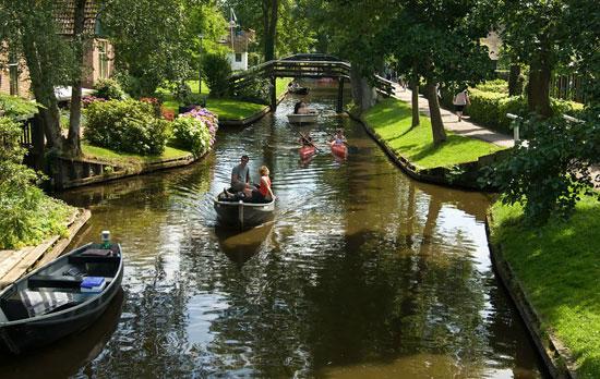 سفری به زیباترین روستا در هلند