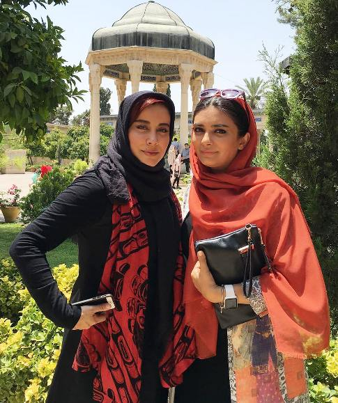 لیندا کیانی در حافظیه شیراز /تصاویر