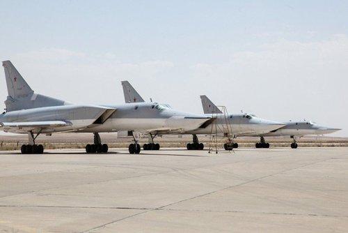 ادعای استقرار جنگندههای بمب افکن روسی در همدان