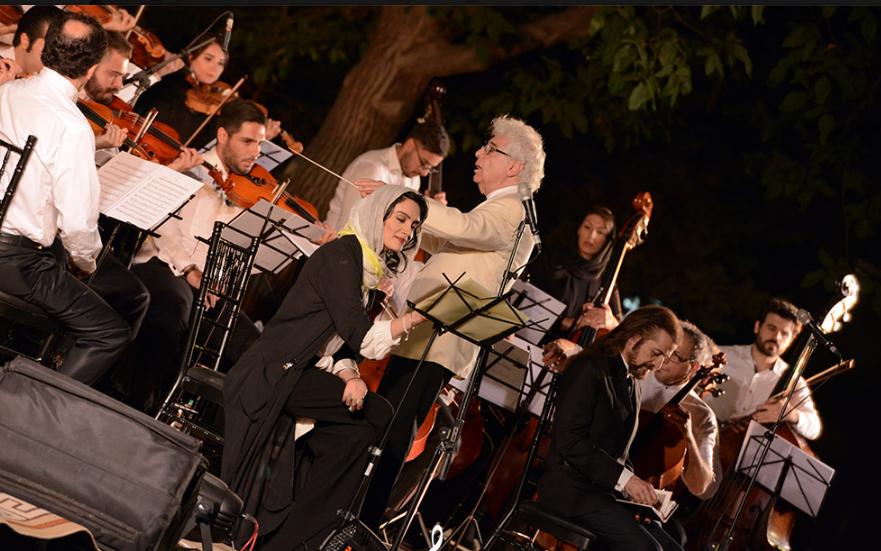 کنسرت لوریس چکناواریان با دکلمههای میترا حجار /تصاویر