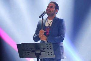 لو رفتم قیافه سیامک عباسی پس از ۱۰ سال در کنسرتش