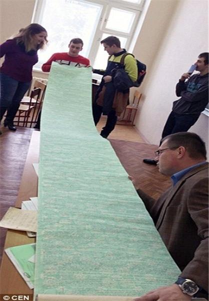 تقلب جالب دانشجوی روسی در امتحان + عکس