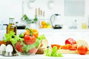 چگونه با این روش های ساده غذا را مدت طولانی سالم نگه داریم