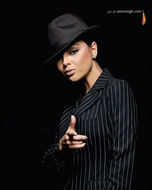 ابرو گوندش خواننده 42 ساله ترکیه ای